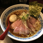 麺処 夏海 - 豊穣清湯醤油ラーメン特製