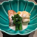62586426 - 海老芋とくもこの天ぷら