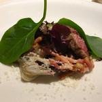 イタリア料理 リストランテ フィッシュボーン - 徳島県産ステーキ    トレビスの苦味とパンチェッタが相性抜群!