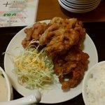 鮮味館 - 唐揚げ定食
