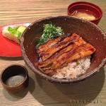 62591906 - 穴子丼