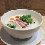 麺家獅子丸 - 料理写真:2017年2月再訪:伊勢海老らぁめん+味玉 1.5倍中盛☆