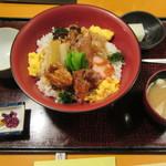 鳥茶屋 - ●(上)鳥すき丼 980円