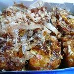 蛸焼工房 - 料理写真:たこ焼き6個入り380円 ソース、マヨネーズ
