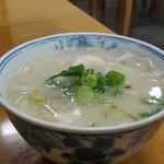 62603262 - 豚汁 210円 甘めの白味噌です