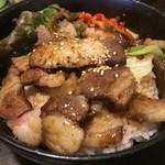 えびすや - 移転2周年記念メニュー「厚切りカルビ丼」500円です!(2017.2.14)