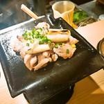 62614901 - 長州黒かしわ鶏の瓦焼き 1,530円