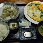 満天 - 料理写真:餃子定食@600