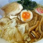 東東 - ワンタン麺 600円