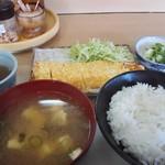 うどん・おでん まんぷく - 料理写真:玉子焼定食