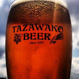 厳選された国内のクラフトビールが常時10種以上♫