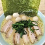 62626746 - チャーシュー麺 +のり増し+たまご増し カタ麺