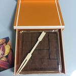 ca ca o - 小町通りの石畳 オレンジ  1㎝角の生チョコが並んでます!