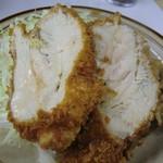 キッチン南海  - 肉汁あふれるチキンカツ