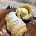 シャルマン - 生クリームが入ったカスタードクリームが美味しい!!