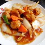 武龍 - 酢豚は豚肉が7個