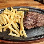 62636576 - オーストラリア産イチボ肉のステーキ(150g)