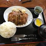 桂や - 庄内豚ロース生姜焼き定食980円