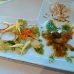 ソプラアクア - グリーンサラダ ワカサギカルピオーネ 鶏むね肉マスタードソース