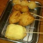 62650486 - 上からうずら、ニンニク、玉ねぎ、チーズ(2017.2)