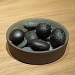 Crony - アミューズ ① グランチャーレとジャガイモのコロッケ