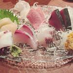 鮮魚屋 -