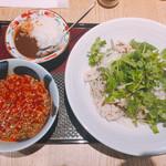 松玄 - 旨辛肉パクチー蕎麦