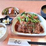 吾空 - 厚切り豚の生姜焼定食 920円
