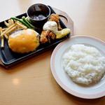 ジョイフル - 料理写真:チェダーハンバーグ&チキン南蛮とライス