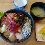 やまや - おまかせ海鮮丼 1650円