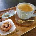 kukuru cafe -