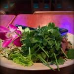 62662784 - ナムトックムア                       牛肉の辛いサラダ                       パクチー追加