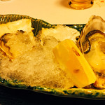 62664157 - 生牡蠣〜