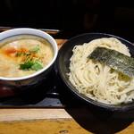 Ryuukishinraizu - 濃厚魚介つけそば大盛