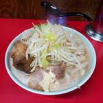 ラーメン二郎 - 小豚ニンニク少なめアブラ