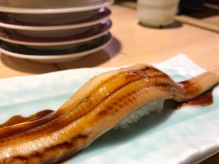 回し寿司 活 西武渋谷店 - 穴子1本500円
