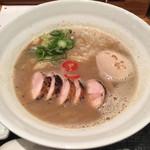 62676212 - 鶏煮干しらぁめん+味玉+炭焼き鶏チャーシュー