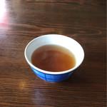 62680786 - 熱々の麦茶が美味しい。