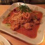 62686031 - 若鶏とドライトマトのスパゲティ ¥1000