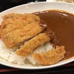東京厨房 - ロースカツカレー 610円。