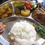ビスターレ・カナ - 料理写真:ネパールカレー