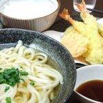 麺天 - 料理写真:天ぷら盛合せうどん
