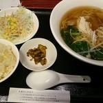 62692217 - 日替わりランチセットC(鶏そば+半炒飯)850円