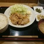 62692884 - 生姜焼き定食