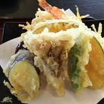 手打そば 河邉 - 天ざるに付く季節のお野菜天ぷら