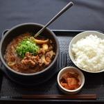 カルビ丼とスン豆腐専門店韓丼 - 料理写真: