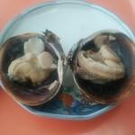 麺屋 岬亭 - おおあさり焼きです、価格は高めでお腹は膨れませんが、うーまーいーぞー!