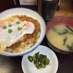 坂本屋 - かつ丼