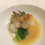 四間道レストランマツウラ - アマダイのポアレ、鱗がカリカリしてとても素敵な食感