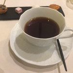 四間道レストランMATSUURA - 温度管理のシッカリした、香りだかああコーヒー